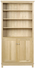 WR07 Tall Bookcase with Doors and Five Shelves